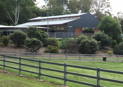horse stable builders horse shed